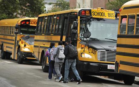 Tình trạng trễ xe bus hay tàu điện xảy ra khá thường xuyên đối với du học sinh